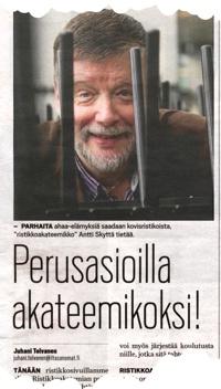 Ristikkoakatemian esittely Ilta-Sanomat pieni